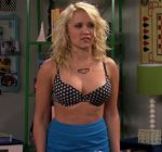 Emily Osment Hot Bikini Images Pics, Hot Photoshoot Swimsuit Thigh Pictures