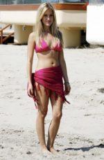 Christina El Moussa Hot & Sensual Photos | Latest Bikini Swimsuit Pics