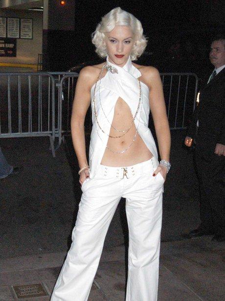 Gwen Stefani Hot Bikini Pics & Photos