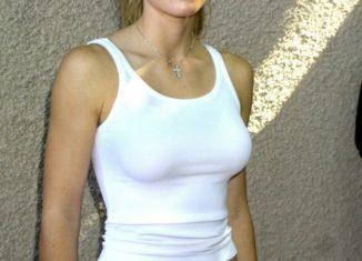 Jessica Biel hot bikini pics