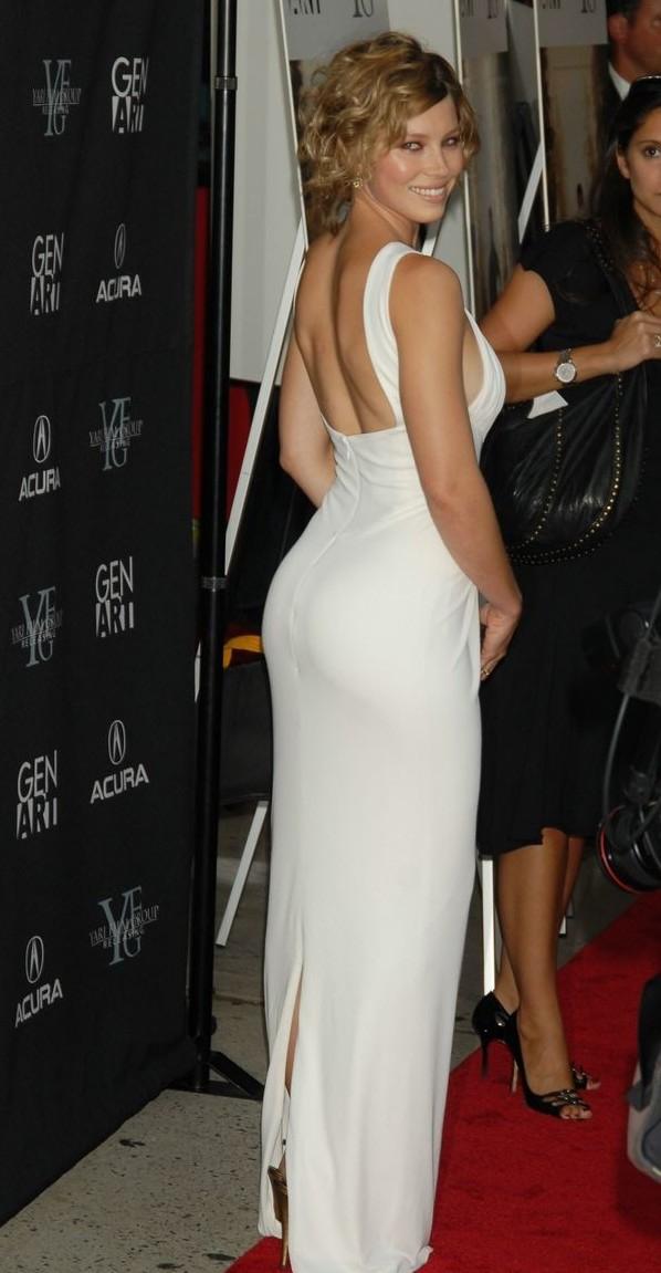 Jessica Biel Hot Bikini Photos & pics