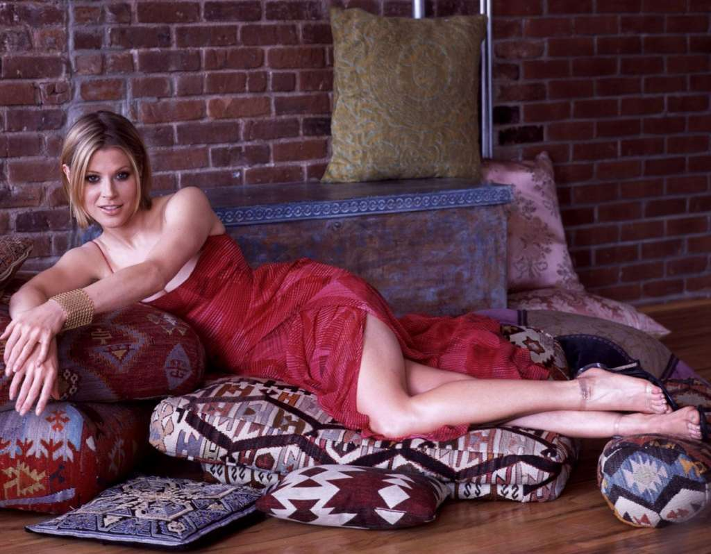 Julie hot photos