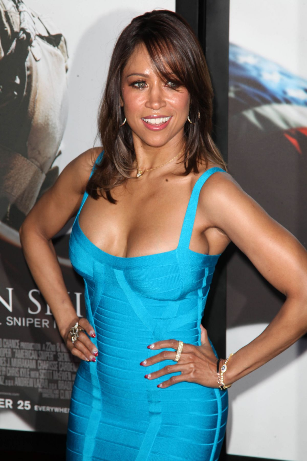 Stacey Dash Hottest Pictures & Spicy Bikini Pics You Can't