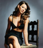 Evangeline Lilly Hot Pics & Photos, Actress Unseen Bikini Swimsuit Hd Pictures