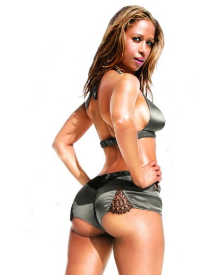 21+] Sizzling HOT Stacey Dash Bikini & Swimsuit Pictures!